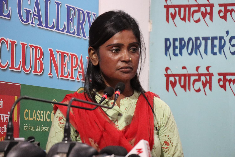 ससुरा र श्रीमानले दिनदिनै कुटपिट गरेपछि न्याय खोज्दै काठमाडौं आईन् सीता : भएको रहेछ यति धेरै ज्यादती